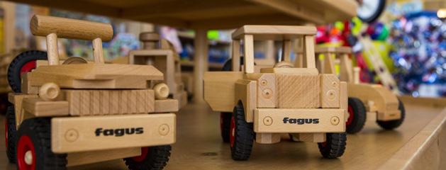 post_toys_trucks
